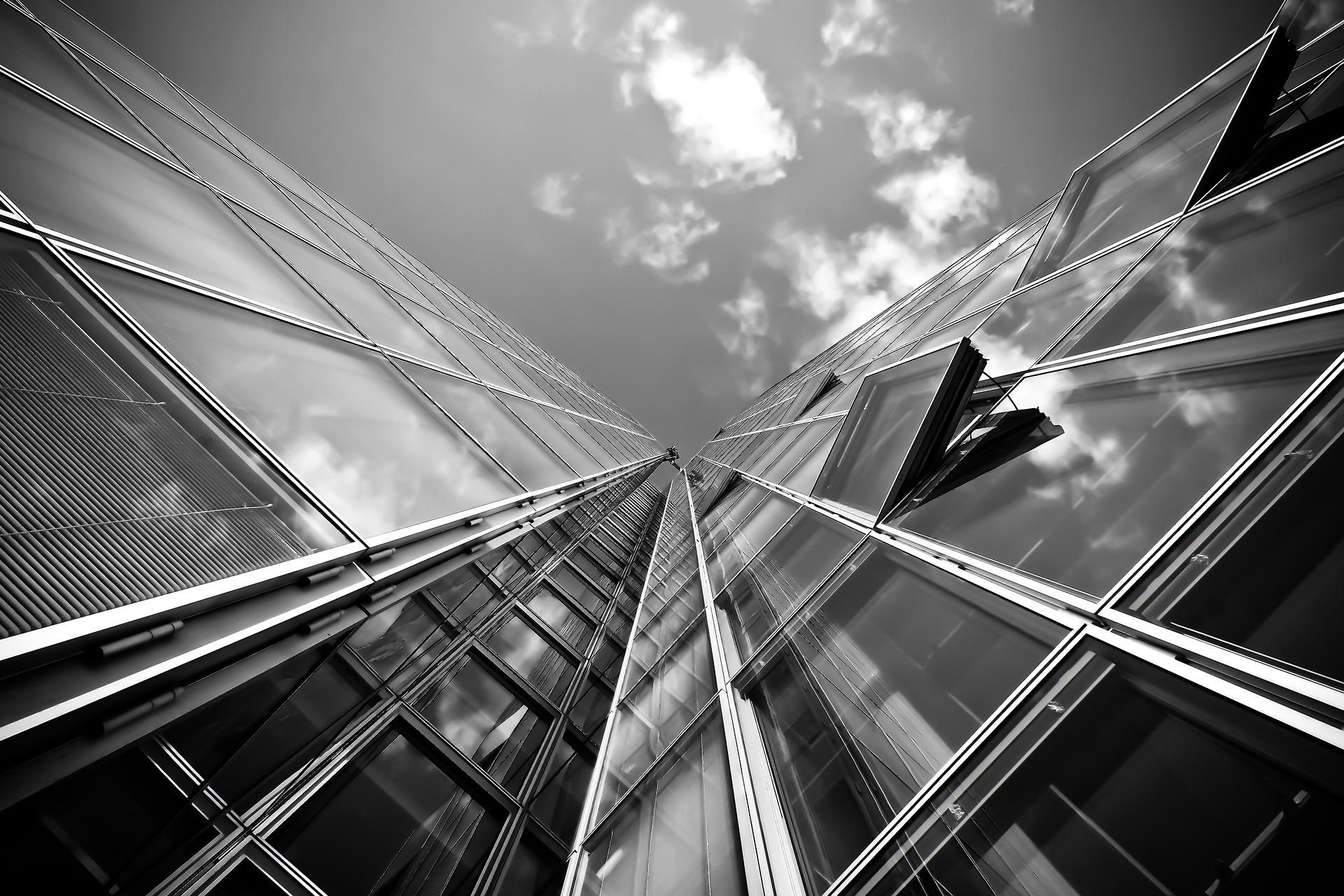 Naprawa okien Dopczyce – kiedy konieczna wymiana okna a kiedy wystarczy naprawa?