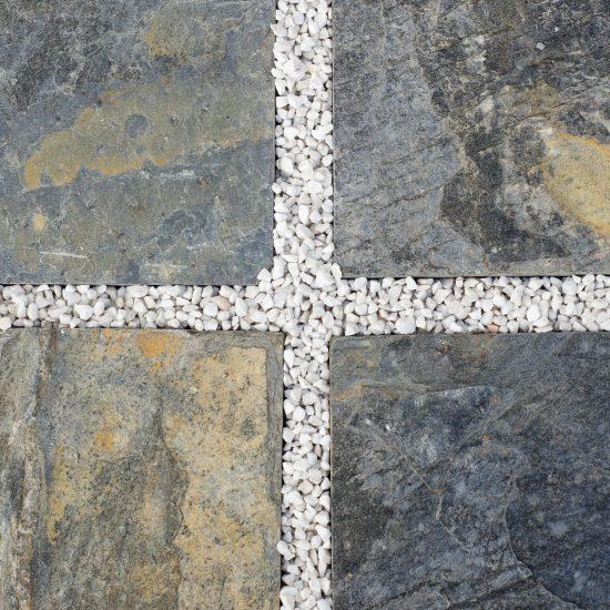 Płytki kamienne na taras: czy warto?