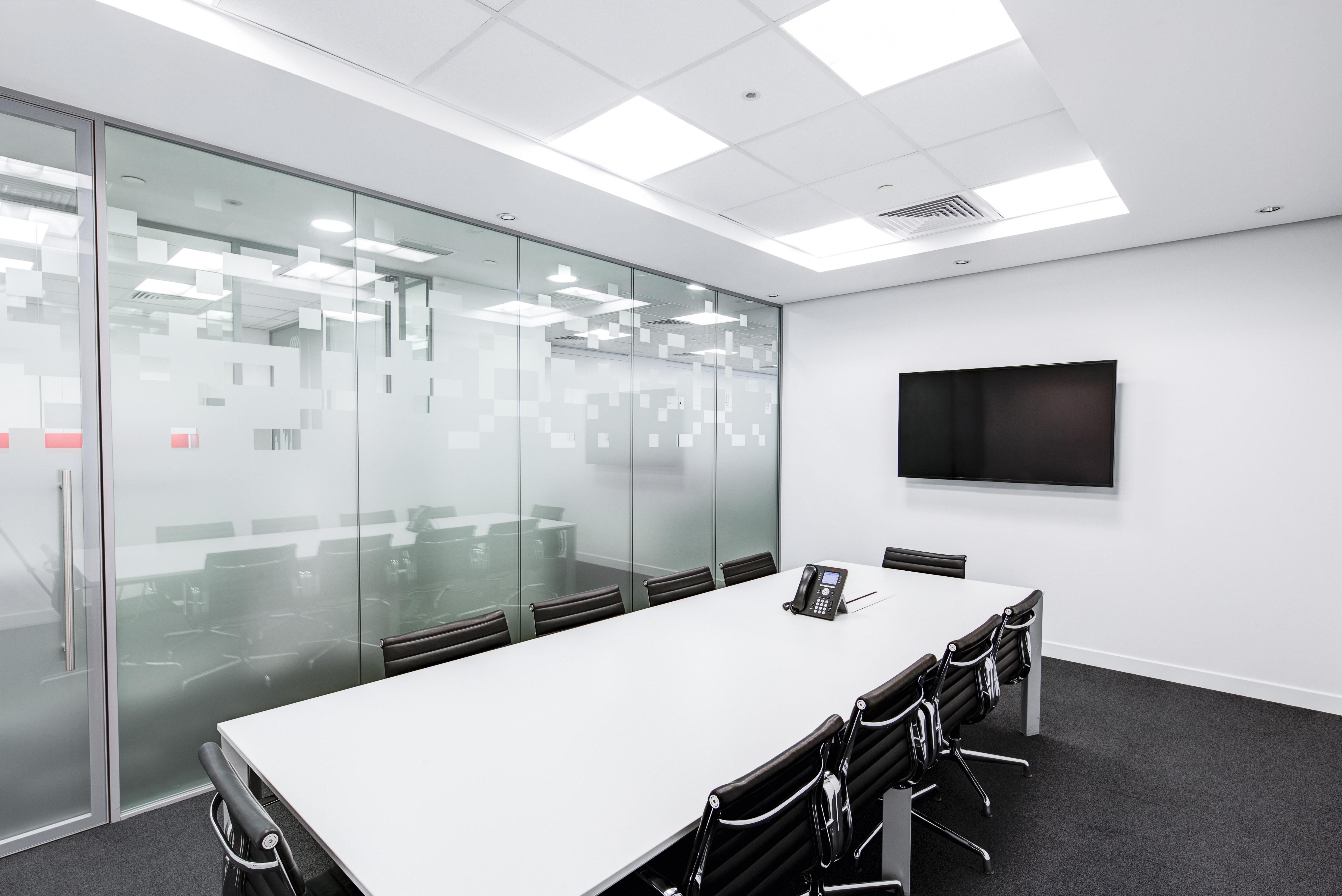 Projektowanie wnętrz biurowych Warszawa – projektowanie zgodnie z zasadami BHP